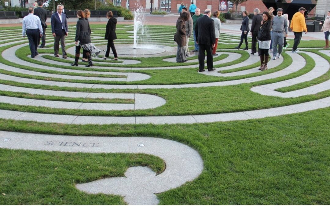 LABYRINTH WALKING:POWER & HEALTH BENEFITS